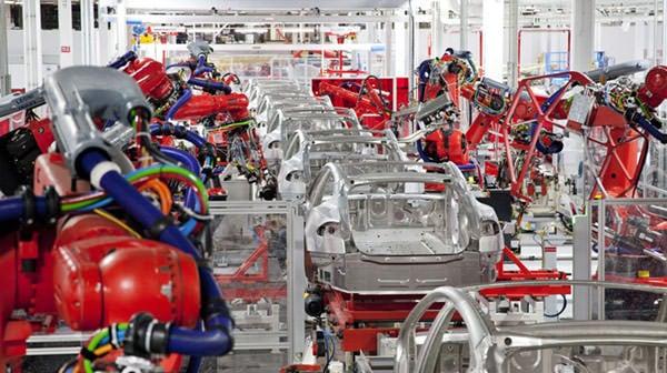 特斯拉 Model S 组装线