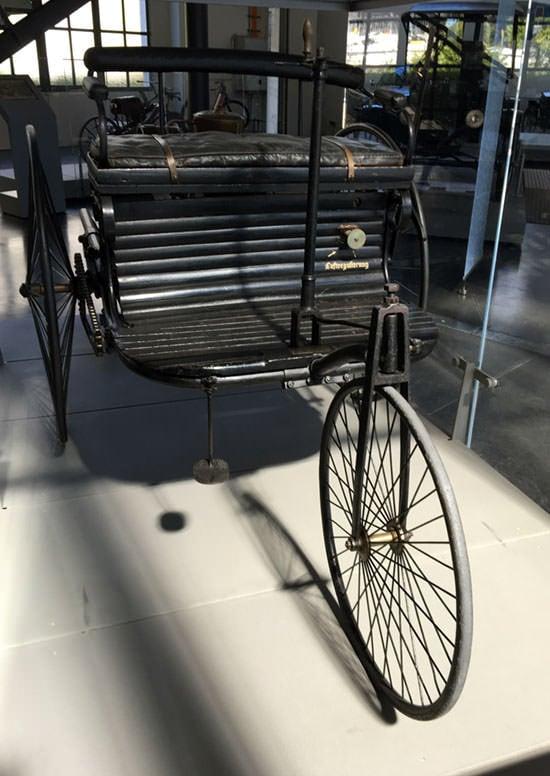 德国博物馆展出的世界第一辆汽车的原型车